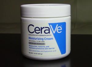Skincare Routine CeraVe Moisturizer